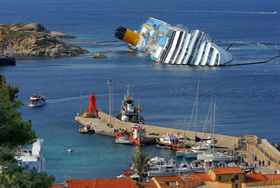 Cruise ship safety: cruise ship on the rocks