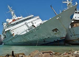 Trabajo en un buque abandonado